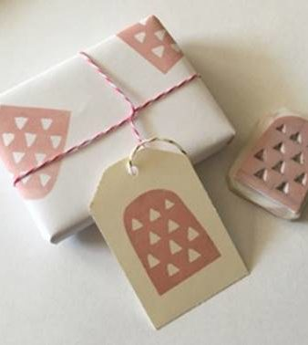 Crafty Christmas: Print Your Own Gift Wrap & Cards
