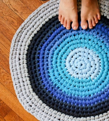 Beginners Crochet Workshop: Make an upcycled rug!
